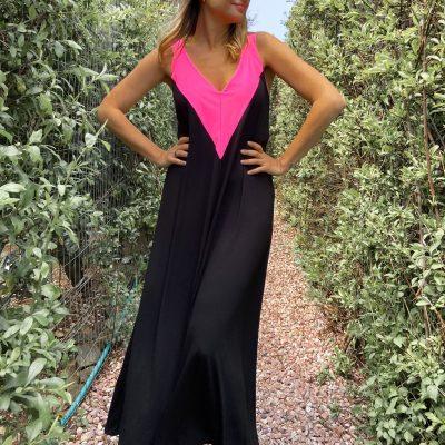 Vestido Brooklyn Negro con Escote Fucsia Fluo